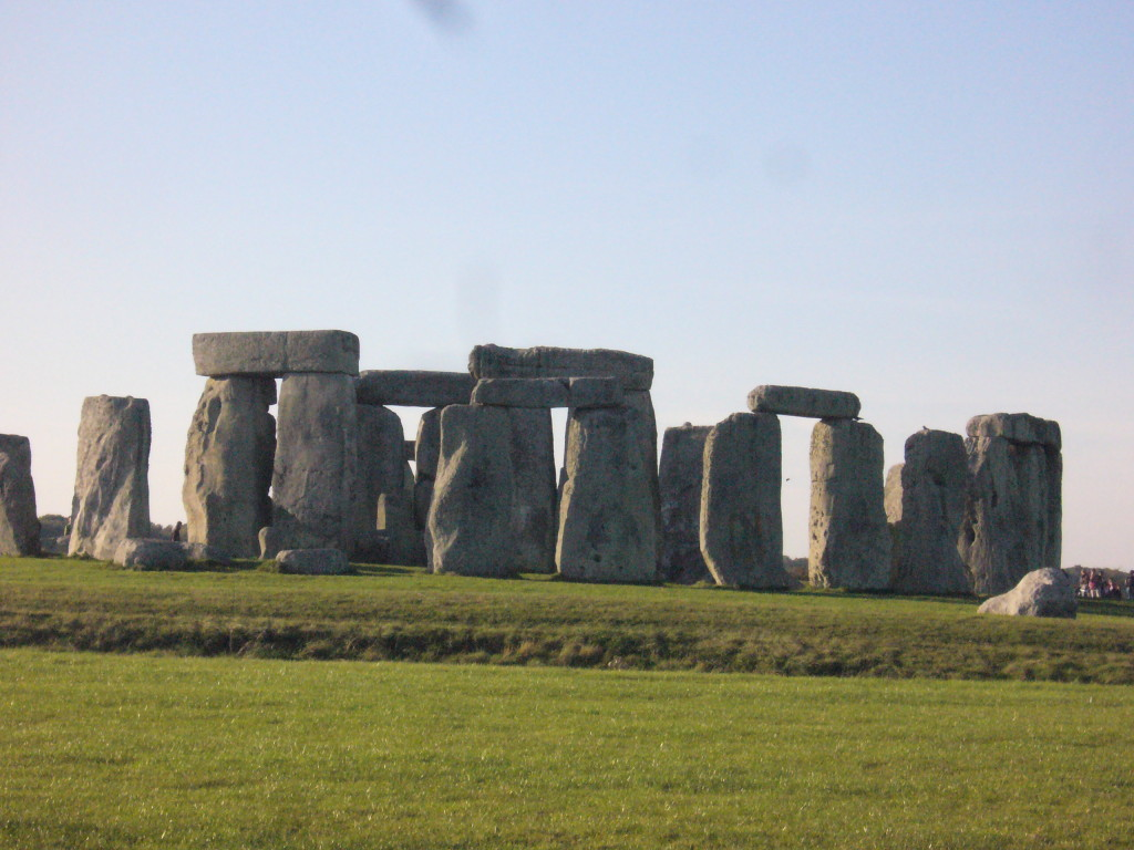 Stonehenge_showing ditch